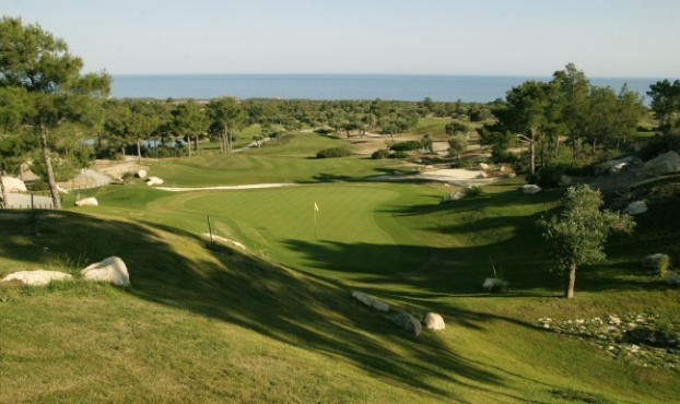 Golf breaks at Korineum Golf And Beach Resort, Cyprus. GRD Rating: 8.6