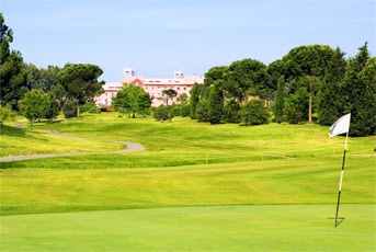 Golf breaks at Sheraton Golf Parco De' Medici Hotel & Resort, Italy. GRD Rating: 8.3