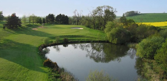 Golf breaks at De Vere Staverton Park, England. GRD Rating: 8.4