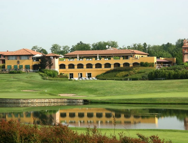 Golf breaks at Le Robinie Golf & Resort, Italy. GRD Rating: 8.5