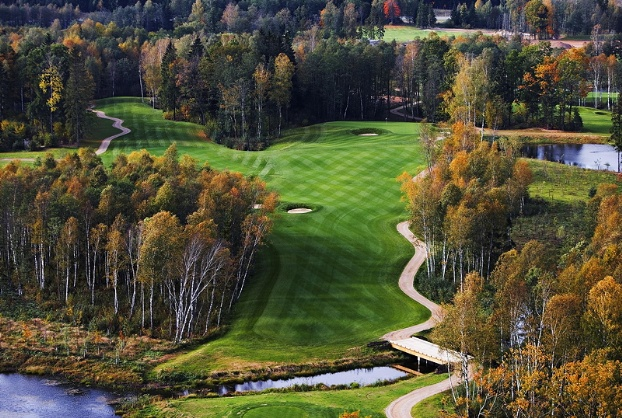 Golf breaks at Le Meridien Vilnius, Lithuania. GRD Rating: 8.6