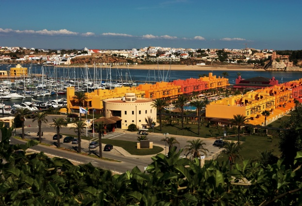 Golf breaks at Tivoli Marina Portimao, Portugal. GRD Rating: 8.7