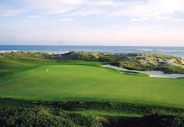 Golf breaks at Praia Del Rey Golf & Beach Resort, Portugal. GRD Rating: 8.8