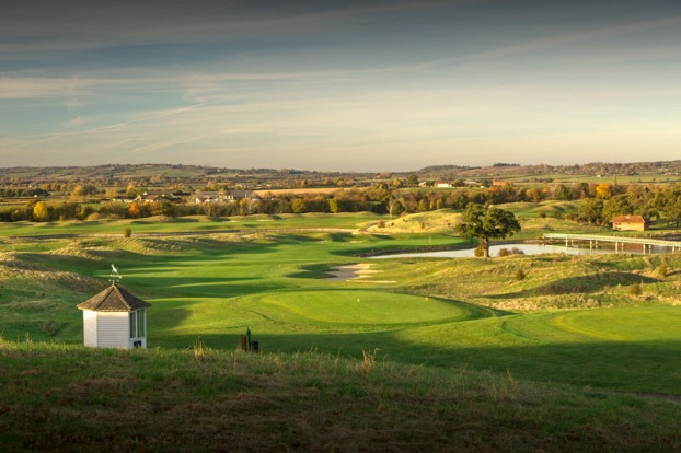 Golf breaks at The Oxfordshire, England. GRD Rating: 8.7