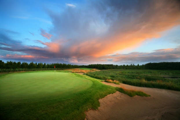 Golf breaks at Lubker Golf Resort, Denmark. GRD Rating: 8.6